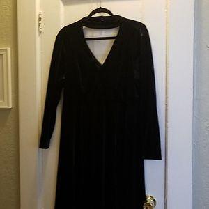 Black velvet V-neck Torrid dress